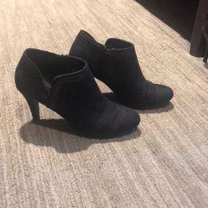 Dexflex Comfort high heel booties size 6.5